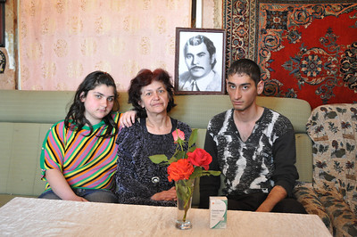 Hasmik Harutyunyan with Artyom & Tsovinar, photo by Levon
