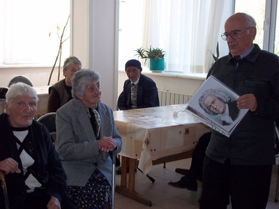 Yerevan State Conservatory Professor Armen Budaghyan introducing (talking about) Johann Sebastian Bach, at the Vanadzor Old Age Home